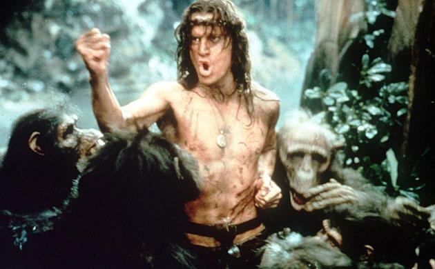 Tarzan hablando con los monos